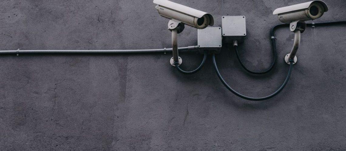 מצלמת אבטחה ללא חשמל